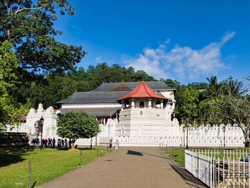 Temple of Tooth Relic (Dalada Maligawa)